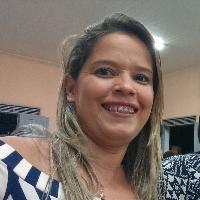 Kyvia Oliveira