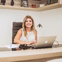Mirella Costa dos Santos